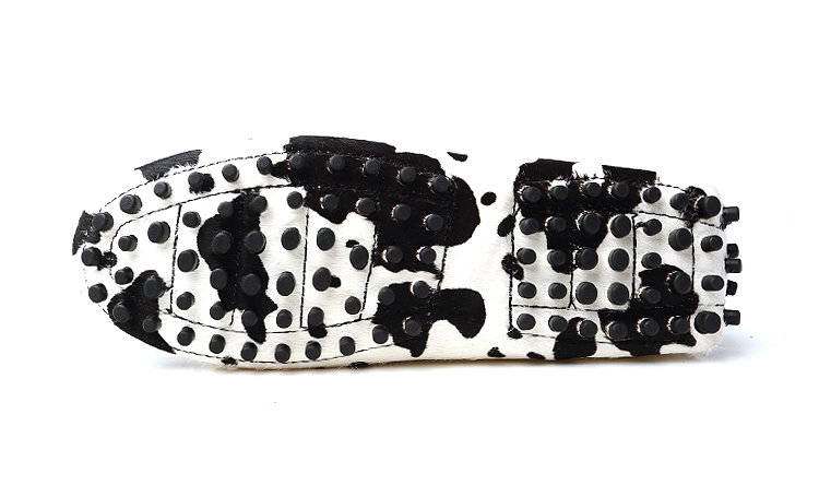 https://www.londonloafers.co.uk/wp-content/uploads/2017/05/london-loafers-womens-mayfair-cow-Print-pony-hair-driving-loafers-2.jpg